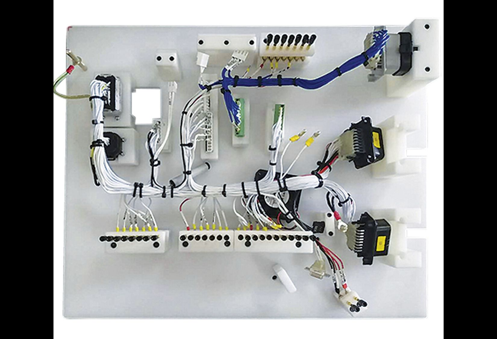 Harness assembled in master controller used in 1140V Intelligent combination variable frequency starter for mining.